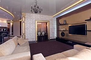 Дизайн гостиной в готовом проекте коттеджа
