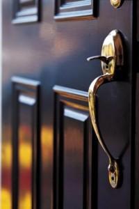 Входная дверь — важный фактор безопасности