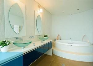 Декорируем ванную комнату