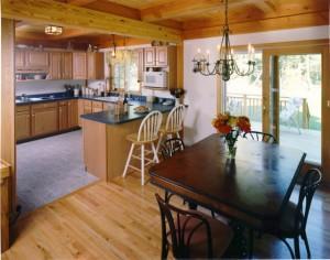 Какую кухню лучше выбрать для частного дома